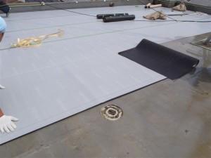 品川区 集合住宅 ウレタン防水 通気緩衝シート貼り2写真