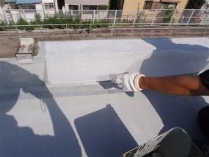 品川区 集合住宅 ウレタン防水 立上りメッシュシート補強写真