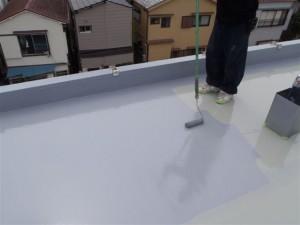 品川区 集合住宅 ウレタン防水 平場トップコート塗装写真