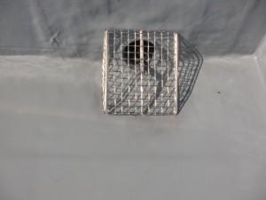 品川区 集合住宅 屋上防水 改修用ドレン新規ストレーナー設置写真