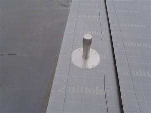 品川区 集合住宅 屋上防水 新規脱気筒取付け写真