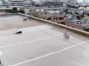 世田谷区集合住宅屋上防水工事 ジョイント部テープ処理02写真