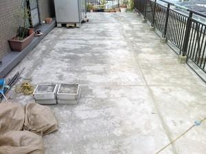 江戸川区西小岩 バルコニー防水 伸縮目地撤去後、目地材充填写真