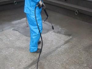 渋谷区オフィスビル防水工事 下地清掃・高圧洗浄01写真