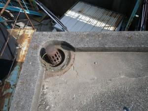 川崎市高津区 工場 屋上防水 排水ドレン 施工前写真