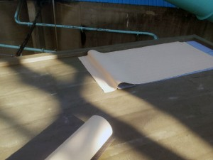 川崎市高津区 工場 屋上防水 通気緩衝シート張り1写真