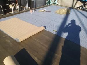 川崎市高津区 工場 屋上防水 通気緩衝シート張り2写真