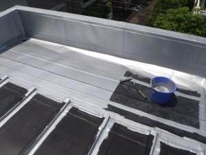 世田谷区喜多見住宅屋根防水 保護塗装を塗装して完了02写真