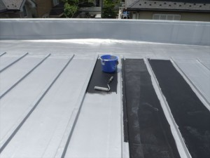 世田谷区喜多見住宅屋根防水 保護塗装を塗装して完了03写真