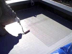 目黒区分譲マンション屋上防水 DK-633AP塗布塗布写真
