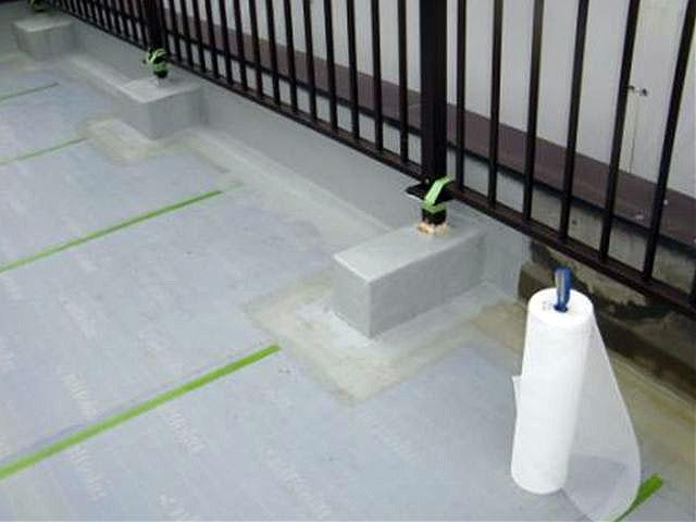 横浜市港北区屋上防水 立上り防水 メッシュ張り写真