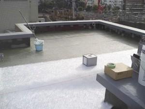 目黒区分譲マンション屋上防水 平場コンパックマット・樹脂含浸・脱泡写真