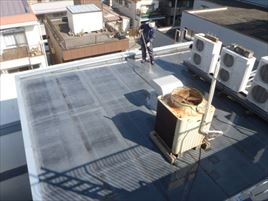 品川区防水改修_下地清掃 高圧水洗浄